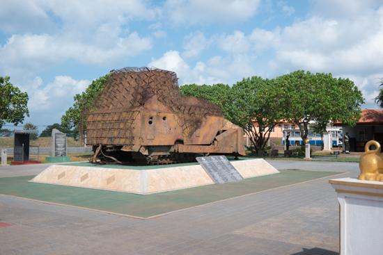 Elephant-Pass memorials-3750