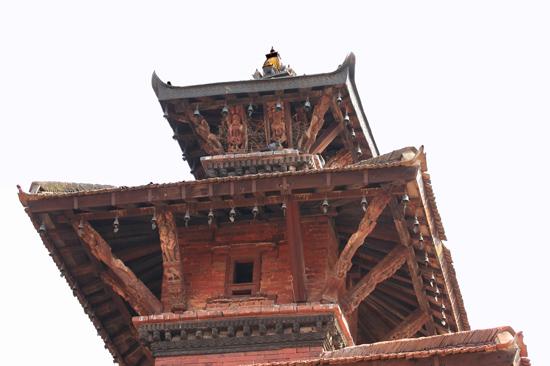 Patan (Lalitpur) Fraai houtsnijwerk in het Koninklijk Pleis - Royal Palace op Durbar Square-0600