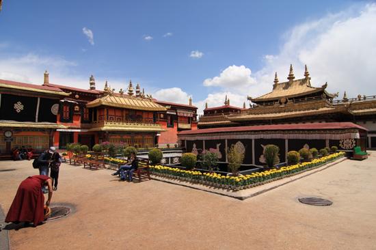 Jokhang tempel in Lhasa-1010